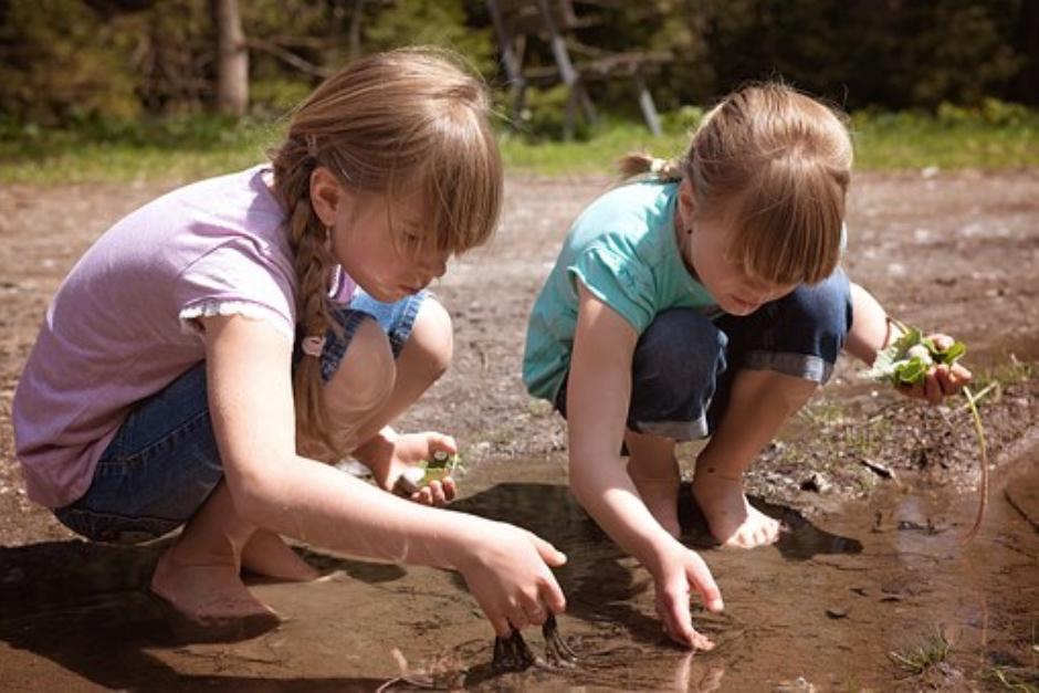 Children in exploration