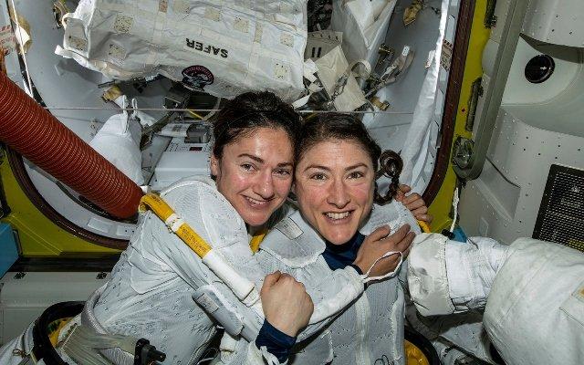 Christina Koch and Jessica Meir – female space explorers